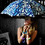 To open the umbrella indoors – зонт, открытый в помещении